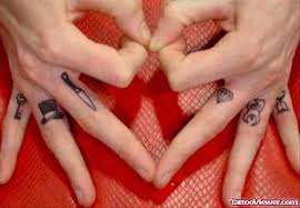 diamond and knife finger tattoo tattoo viewer com