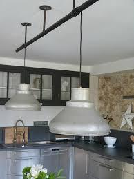 cuisines industrielles cuisines industrielles suspensions lampes zinc et grisaille