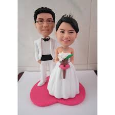 customized wedding cake toppers personal wedding cake toppers wedding corners