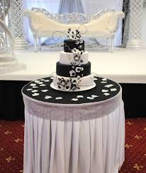 wedding cake gallery 4 tiered wedding cake black and white flower theme