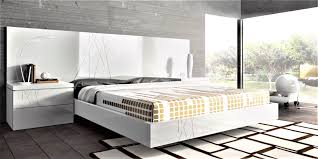 guardia gala modern bed in high gloss or matt lacquer head2bed uk
