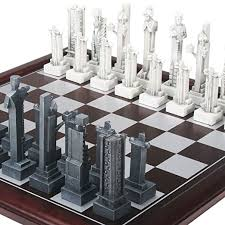 Chess Set Amazon That Is So Cool Flw Chess Set Amazon Com Frank Lloyd Wright
