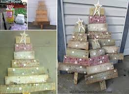 christmas tree pallet 45 beat pallet wood christmas tree ideas for a unique flair