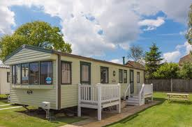 late availability last minute uk breaks at hopton
