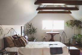 Unique Vacation Home Decor With An Earthy Look  Diy Home Life - Earthy bedroom ideas