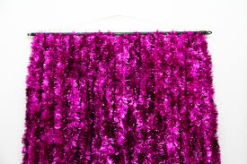 diy photo backdrop diy tinsel photobooth backdrop lovely indeed
