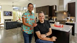 La Kitchen My Favorite Room Ross Mathews Plays Host With A Lot Of Whimsy And