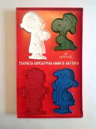 vintage hallmark peanuts christmas cookie cutters snoopy charlie