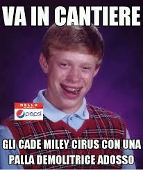 Miley Meme - 5 la solita miley paxxerella con le palle demolitrici meme by