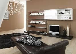 wandfarbe braun wohnzimmer nuancen trendiges wohnzimmer in braun ledersofa rund kunst