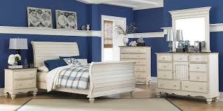 hillsdale pine island sleigh bedroom set old white 1052 bed set