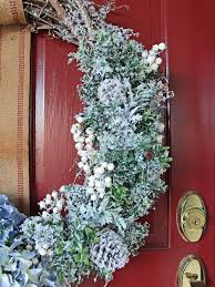 Outdoor Christmas Decoration Ideas by 35 Crafty Outdoor Holiday Decorating Ideas Front Door Wreaths