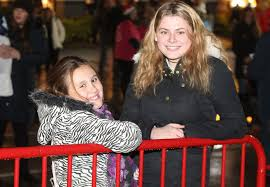 cheshire oaks christmas lights switch on liverpool echo