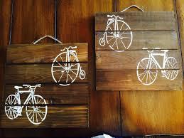 30 diy cycling home decor justin velo