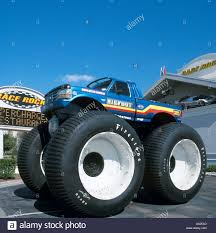 bigfoot monster truck cartoon american monster truck stock photos u0026 american monster truck stock