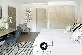 dans la chambre d hotel décoration d intérieur pour hôtel et chambre d hôtes provence paca