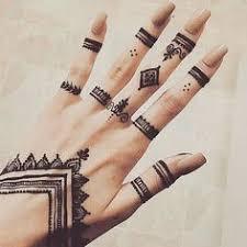 finger ring henna henna hennas finger and ring