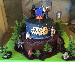 top wars cakes cakecentral wars cake i made for a 5yr olds birthday party bottom tier