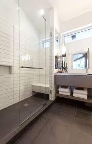 bad landhausstil mosaik ideen geräumiges bad landhausstil mosaik ansicht badezimmer im