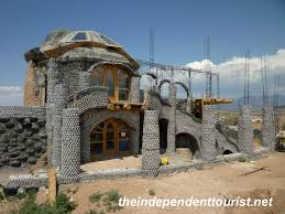 earthship sustainable housing 18 the independent tourist earthship sustainable housing 18