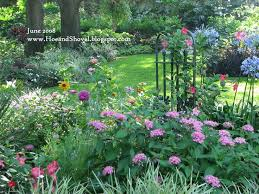 Pictures Of Gardens And Flowers Best 25 Florida Landscaping Ideas On Pinterest White
