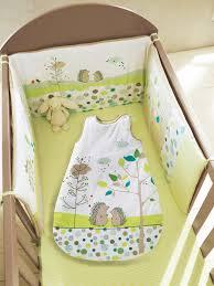 chambre bébé vertbaudet silhouette gigoteuse spécial été pic nic tour de lit bébé brodé