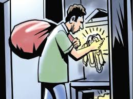 cash jewellery worth over 1l stolen from keshtopur home kolkata