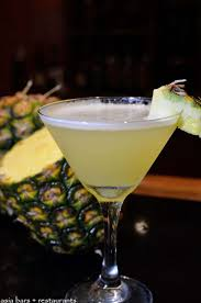martini pineapple martini u0027s bar u2013 cocktail bar u0026 live music at mandarin oriental