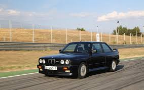 Bmw M3 E30 - photoshoot e30 bmw m3 at the track