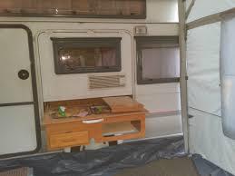 cuisine caravane vue du bloc cuisine a l exterieure caravane rapido