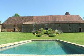 farmhouses pure france self catering holiday rentals rent villas châteaux