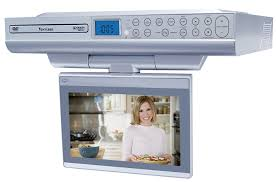 Under Kitchen Cabinet Tv Venturer Klv39082 8 Inch Undercabinet Kitchen Lcd Tv Dvd Combo
