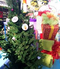 Universal Studios Christmas Ornaments - visit universal studios hollywood and citywalk at grinchmas
