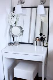 Vanity Makeup Desk With Mirror Bedrooms Makeup Dressing Table White Makeup Desk Makeup Vanity