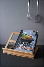 lutrin de cuisine avis larousse de la cuisine et lutrin et 2 exemplaires à