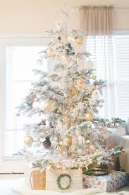Silver And White Christmas Decorations 26 Best Flocked Christmas Tree Décor Ideas Digsdigs