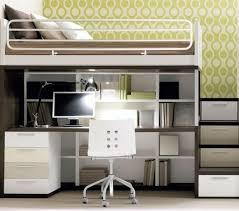 bureau pour mezzanine lit mezzanine deux places fonctionalité et variantes créatives