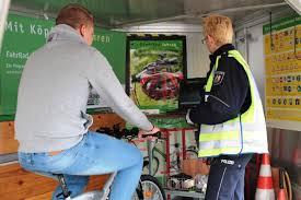 Winkelk Hen Angebote Köln Schock Am Rudolfplatz Während Aktion Zum Sicheren Radfahren