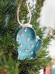 how to make no sew cookie cutter ornaments hgtv