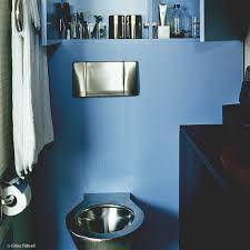 toilette sous escalier petites surfaces grandes idées elle décoration