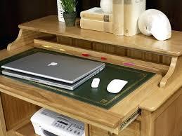 petit bureau informatique pas cher meuble ordinateur bois d licieux bureau table de brun pour