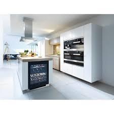 cuisine avec cave a vin cave à vin encastrable miele kwt6322ug pool house