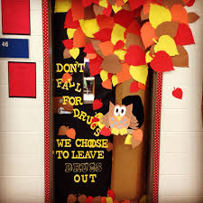 fall door decoration red ribbon week don u0027t fall for drugs we
