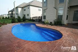 Backyard Leisure Pools by Fiberglass Pool Pictures From Signature Pools Signature