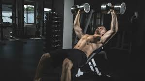 Incline Dumbell Bench Press Improve Your Bench Press Easy Tips For A Stronger Chest Men U0027s