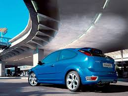 ford focus st electric blue edition under the bridge