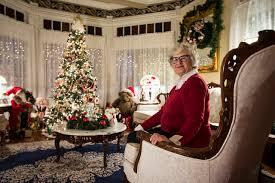 holiday decoration inspiration or envy in snohomish heraldnet com