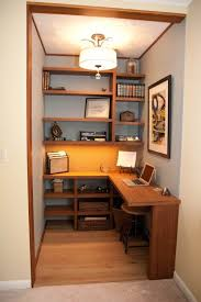 Office In Bedroom by Best 25 Home Office Closet Ideas On Pinterest Home Office