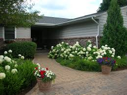 Landscape Curb Appeal - front yard curb appeal ryco landscaping