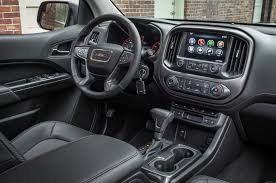 Gmc Sierra 2015 Interior 2015 Gmc Canyon Reviews And Rating Motor Trend